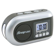 Dynamo-Powered AM/FM Radio/LED Flashlight
